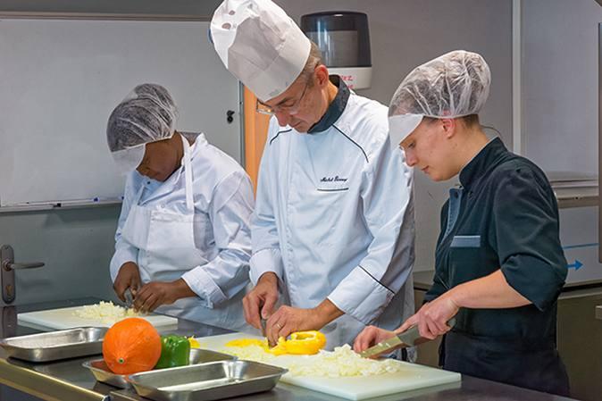 Cuisinier/ère de collectivité un métier qui recrute