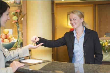Le secteur de l'Hotellerie, Cafés et Restauration vous intéressent ?