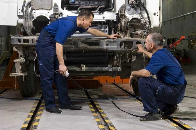Devenez Mécanicien Réparateur de véhicules industriels